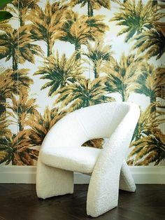 """Tropical mood with the Pierre frey """"Mauritius"""" wallpaper, design by Caroline Legrand #tropical #jungle"""