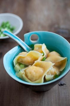 Wonton Soup by rasasmalaysia: Plump and juicy wontons which are easy to make. #Soup #Wonton