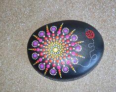 Handgemalte Mandala Stein