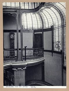 Architects producing sinuous styles in Brussels included Paul Hankar, Henry van de Velde, and Paul Saintenoy but most famously, Belgian architect Victor Horta (1861-1947). His work was defined by light, open-planned spaces and innovative use of ironwork. Many of Horta's buildings were private commissions for industrialists including Emile Tassel and Armand Solvay. The Maison du Peuple was a complex of shops designed for the Belgian Workers' Party (Horta was a freemason). In Paris, architect…