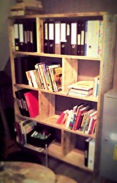 Steiger houten boekenkast.