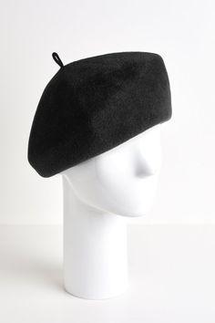 70ec489b1c9eb 9 Best Black berets images