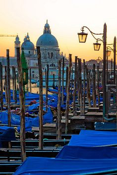 Gondolas at sunset - Venice, Italy  (by anthony pappone)