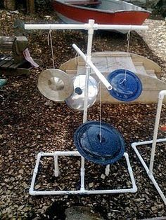 pot lids for outdoor music play - suspend from a branch Natural Playground, Outdoor Playground, Playground Ideas, Outdoor Play Spaces, Outdoor Fun, Outdoor Games, Decoration Creche, Teacher Toms, Homemade Musical Instruments