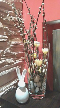 Easter # spring flowers Easter Deliver gypsies a career pending . - Easter # spring flowers Easter Deliver gypsies a career so far with which you can use your innovati - Easter Flower Arrangements, Easter Flowers, Spring Flowers, Floral Arrangements, Easter Table Decorations, Basket Decoration, Flower Decorations, Deco Nature, Deco Floral