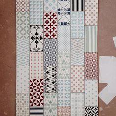 MUGAT - RIVOLI: Clichy Blanco - 10X20cm. Wall Tiles VIVES Azulejos y Gres S.A #tile #pattern #design Textile Patterns, Textiles, Ideas Para, Baths, Art Nouveau, Bathrooms, Laundry, Printing, Interiors