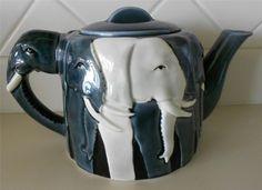 Vintage Tom Taylor 3D Elephants Ceramic Teapot by Otagiri