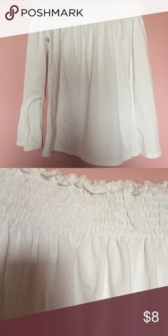 OFF THE SHOULDER PEASANT TOP White, eggshell colored flowy off the shoulder peasant top. Flowy sleeves and bottom, tighter top. Tops Tees - Long Sleeve