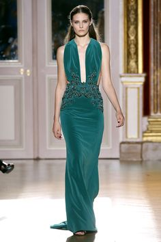 Zuhair Murad teal velvet gown. Haute Couture Automne-Hiver 2012-2013.