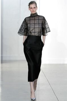 Beautifully put together!  Classy business look with a bit of flair.  You could easily go from work  - with a jacket- to evening. Barbara Casasola Spring 2014 #LFW