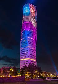Turning Torso have one of the greatest architecture all over the world #architectureprojects #architect #designprojects #santiagocalatrava