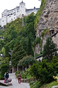 Salzburg, Austria - peering towards the imposing castle rock. Places To Travel, Places To See, Places Ive Been, Visit Austria, Famous Places, The Good Place, Beautiful Places, Scenery, Around The Worlds