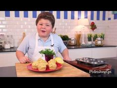 Fez, Serving Bowls, Muffins, Tableware, Youtube, Dining, Recipes, Muffin, Dinnerware