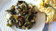 zucchine grigliate profumate al basilico