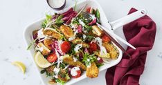 For a great veggo meal, you can't go wrong with these crunchy zucchini and haloumi bites, paired with a leafy salad and tangy dressing. Lunch Recipes, Vegetarian Recipes, Dinner Recipes, Healthy Recipes, Dinner Ideas, Summer Recipes, Bacon Bowl, Zucchini, Leafy Salad