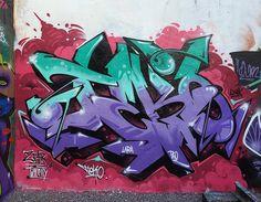 https://www.flickr.com/photos/tekos https://www.flickr.com/photos/tekos/4685706378/