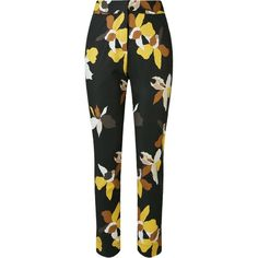 Andrea Marques Floral Printed Straight Trousers (12 525 UAH) ❤ liked on Polyvore featuring pants, black, floral print trousers, floral trousers, pocket pants, straight pants and floral print pants
