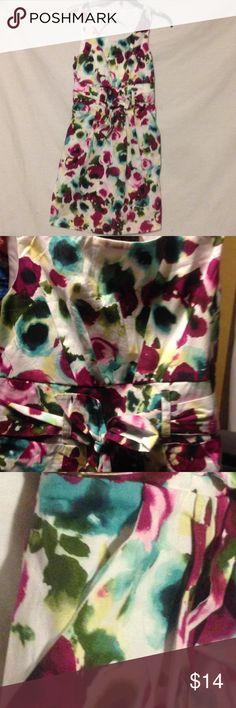 Dress Size 12 Brand 2-hip. Like new. Has a pocket on sides. Length 31' long. Dresses