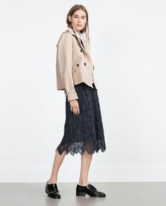 ZARA - WOMAN - SHORT(er) TRENCH COAT 14,995ft