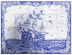 azulejos portugueses antigos com um navio — Imagem Stock #16325365                                                                                                                                                                                 Mais
