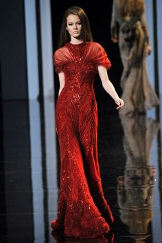 Elie Saab | Paris Haute Couture Fall 2010--Vintage look.