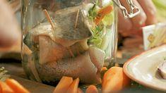 Zavináče — Recepty — Herbář — Česká televize Fresh Rolls, Seafood, Turkey, Fish, Meat, Ethnic Recipes, Sea Food, Turkey Country, Pisces