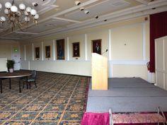 Queen Kapiolani ballroom undecorated