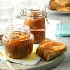 You can spread Diane Widmer s apple butter on thick and still enjoy a breakfast that s thin on calories. She shared the recipe from her home in Blue Island, Illinois. For a smoother texture, use tender varieties such as McIntosh or Cortland apples. Amish Recipes, Apple Recipes, Fall Recipes, Dutch Apple, Jam And Jelly, Vintage Recipes, Easy Desserts, Dessert Recipes, Dessert Sauces