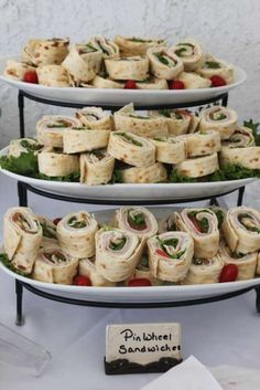 Baby Shower Party Ideas 2019 Pinwheel sandwiches for baby shower how cute are these? The post Baby Shower Party Ideas 2019 appeared first on Baby Shower Diy. Baby Shower Menu, Baby Shower Brunch, Shower Party, Baby Shower Parties, Baby Boy Shower, Baby Shower Foods, Baby Shower Recipes, Bridal Shower Foods, Bridal Shower Brunch Menu
