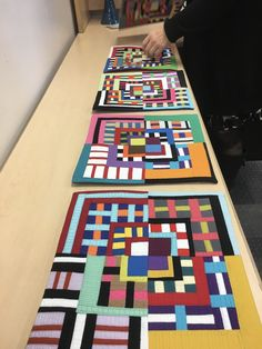Check out Maria She'll inQuilting Arts Magazine Dec 2018 Scrappy Quilts, Mini Quilts, African Quilts, Quilt Modernen, String Quilts, Contemporary Quilts, Collaborative Art, Small Quilts, Quilt Tutorials