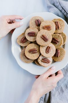 Naturally Sweetened Pecan Shortbread Cookies with a HOW TO video: A healthier alternative to shortbread cookies made with natural cane sugar. #recipe #naturallysweetened #cookie #healthybaking