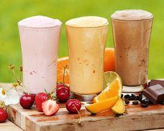10 batidos de frutas para adelgazar en una semana: http://todosobredieta.com/10-batidos-de-frutas-para-adelgazar-en-una-semana/