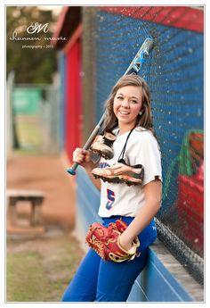 #SeniorPortraits #Girls #Senior #softball