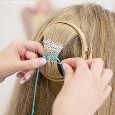 Hair Tapestry: la última moda es tejerse el cabello #hairtapestry #boho #aperfectlittlelife ☁ ☁ A Perfect Little Life ☁ ☁ www.aperfectlittlelife.com ☁