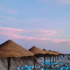 Todavia es verano en septiembre! Atardecer en playa Patacona.. It's still summer in September! Sunset in Patacona beach. #ruzafagente #patasur #valencia #patacona #playa #beach #alboraya #verano #summer #atardecer #sunset #travel #turismo #tourism #igersvalencia