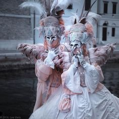 #bobbiandleesphotoadventures #welltravelled in #venice for #carnival a photographers paradise  go to: http://ift.tt/1qpbjmq to join us on our next photo tour of Venice Italy during Carnival 2017 . . . . . . . . #makeportraits #storyportrait #chasinglight #toldwithexposure #acolorstory #colorhunters #colorlove #justgoshoot