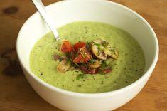 #Avocado #Gurken #Kaltschale als sommerliches Gericht! Das Rezept findet ihr auf meinem Blog www.veganerezepte.eu        #cucumber #soupe #suppe #recipe #rezept #veggie #vegan #vegetarian #fresh #healthy #cooking #food #kitchen #cuisine