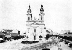 Józsefváros Horváth Mihály tér, amit a fotó készítésekor Mária Terézia térnek hívtak. A kép az 1890-es években készült