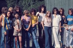 Mary Austin Freddie Mercury, Queen Freddie Mercury, Queen Band, Lucci, John Deacon, Save The Queen, Cool Bands, The Beatles, Pictures
