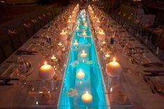candles floating flowers table decoration úszó gyertyás és virágos asztaldekor