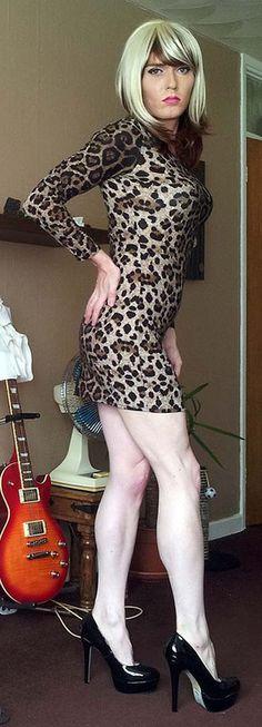 latex sissy bestil en prostitueret