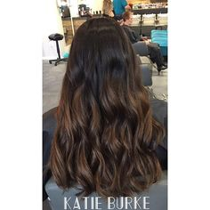 The most subtle ombré you ever did see 😍 . . . . . #ombre #ombrehair #brunette #brownhair #hairgoals #haircolor #hairstyle #hair #hairsalon #hairfashion #hairdye #hairideas #haircut #hairstylist #kevinmurphy #colormelt #kmcolorme #louisvillehairstylist #louisvillehair #kentuckyhair #kyhairstylist