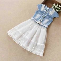 Frocks For Girls, Little Girl Dresses, Girls Dresses, Flower Girl Dresses, Toddler Girl Outfits, Kids Outfits, Cute Outfits, Moda Chic, Denim And Lace