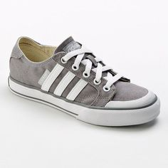 Adidas chillin' shoes