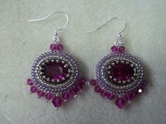 Kelly takes you step by step on how to create these bead embroidery earrings