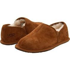 19d77ca68c2 mens  ugg slippers. i dont even care that they are mens i would wear