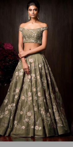 Buy beautiful Designer fully custom made bridal lehenga choli and party wear lehenga choli on Beautiful Latest Designs available in all comfortable price range.Buy Designer Collection Online : Call/ WhatsApp us on : Designer Bridal Lehenga, Bridal Lehenga Choli, Indian Lehenga, Bridal Lengha 2018, Floral Lehenga, Lehnga Dress, Saree, Pakistani Dresses, Indian Dresses