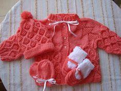 Moda Bebê : Casaquinho, Sapatinho, Gorro, Luvas - Tricô