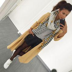 Parce qu'aujourd'hui tout est parti de cette écharpe !  #ootd #look #todayimwearing [ #manteau #zara ] [ #echarpe #zara ] [ #tshirt #zara ] [ #short #hm ] [ #basket #nike ] #fashiondiary #fashion #todayimwearing #todayiwear #mondressing #mystyle #clothes #lookbook #streetstyle #style #outfitoftheday #tenuedujour #igtenueoftheday #lookdujour