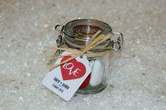 Drag es on pinterest mariage bonbon and jute for Decoration pot de confiture